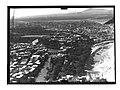 Ifpo 21409 Syrie, gouvernorat de Hama, Hama traversée par l'Oronte, vue aérienne oblique.jpg