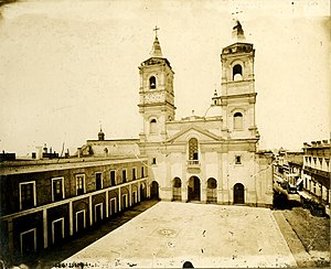 Santo Domingo convent - The convent photographed in 1900.