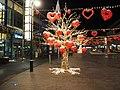 Illuminated tree with hearts in Itäkeskus.jpg
