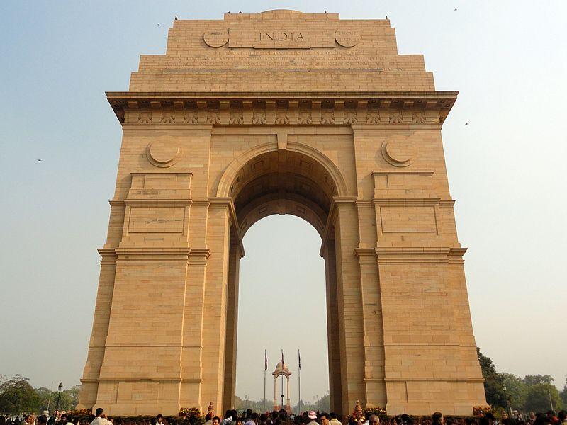 File:IndiaGate-December2011-01.jpg