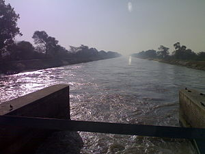 Indira Gandhi Canal - a photo from a bridge near village Lohgarh(district:-Sirsa), where Indira Gandhi Canal enters from Punjab into Haryana