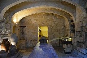 Inquisitor Palace Birgu kitchen.jpg