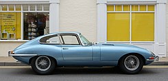 Jaguar E-Type series 1 coupé 1964.jpg
