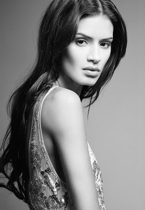 Addiction (Ryan Leslie song) - Model Jaslene Gonzalez plays Leslie's love interest in the second music video.