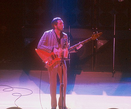 John Entwistle performing with the Who at the Manchester Apollo, 1981 John Entwisle 1987.jpg