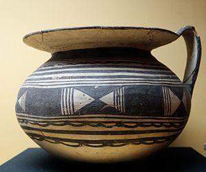 Apulian vase painting - Example 1 – Daunian jug
