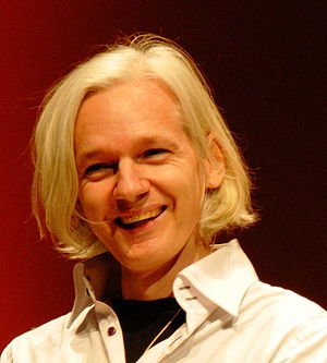 English: Picture of Julian Assange during a ta...