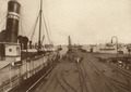KITLV - 80023 - Kleingrothe, C.J. - Medan - New pier at Penang - circa 1910.tif