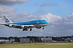 KLM Boeing 747-400 PH-BFS landing at EHAM 08.jpg