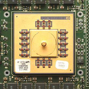PA-7100 - A PA-7150 microprocessor