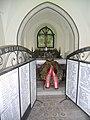 Kapelle im Klosterwald mit Heldenfriedhof 01.JPG
