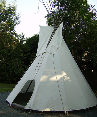 Karl May Museum Tipi.jpg