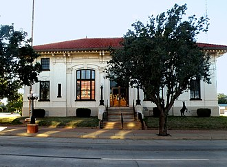 National Register of Historic Places listings in Kingfisher County, Oklahoma - Image: Kingfisher, OK USA U.S. Land Office 1889 panoramio (3)