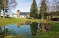 Kirche und Weiher in Rindschleiden 01.jpg