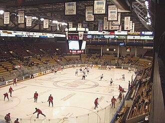 Kitchener Memorial Auditorium Complex - Image: Kitchener Memorial Auditorium interior (1)