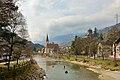 Klausen Pfarrkirche Burg Branzoll Eisack.jpg