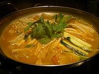 Korean.food-Budaejjigae-01.jpg