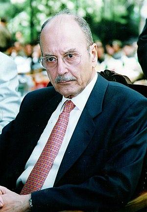 Konstantinos Stephanopoulos - Image: Kostis stephanopoulos