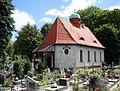 Kowary, Kaplica cmentarna - fotopolska.eu (174209).jpg