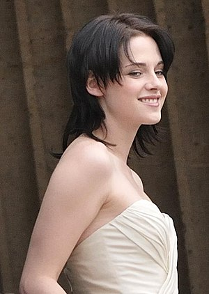 Kristen Stewart attending the Twilight Saga Fi...