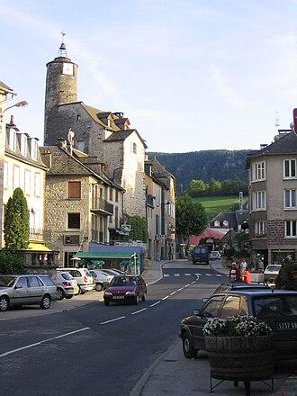 La Canourgue - The road through La Canourgue