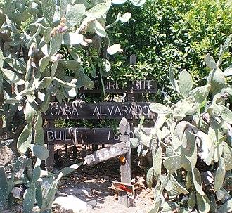 La Casa Alvarado - Sign marking La Casa Alvarado