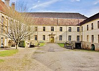 La Roche-Morey. Cour de l'ancien monastère Saint Servule. (1). 2014-03-11 (cropped).JPG