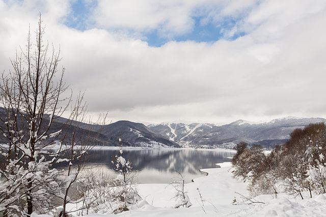 Озеро Маврово, Македонія