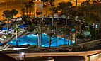 Las Vegas, pool near Bally's.jpg