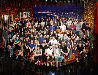 Late Motiv - Andreu Buenafuente (sitting behind the table) with the show's crew.