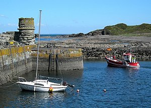 English: Leaving Dunure Harbour A small in-sho...