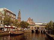 Leiden, stadszicht2 2007-08-12 10.11