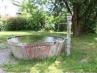 Leutendorf-Dorfbrunnen.jpg