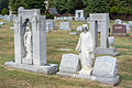 Lincoln Circle graves 01 - Glenwood Cemetery - 2014-09-19.jpg
