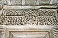 Linteau du sanctuaire (Thommanon, Angkor) (6990869711).jpg