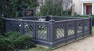 Ernst Litfaß - Litfaß's grave in Berlin