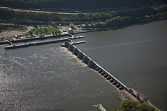 Lock and Dam No. 7 - Image: Lock and dam 7
