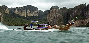 Long-tail boat in Railay.jpg