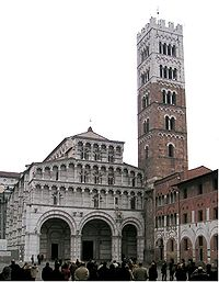 Lucca cattedrale san martino italy.jpg