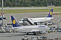 Lufthansa Boeing 737-300; D-ABXU@FRA;13.08.2012 674bt (7811181598).jpg