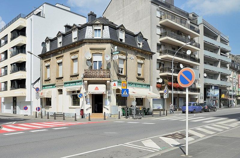 File luxembourg ville garer stuff rue de wikimedia commons - Restaurant rue des bains luxembourg ...