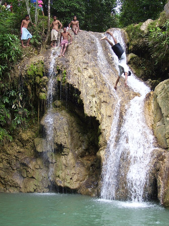 Mainit Falls, Tablas, Romblon Province