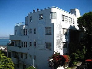 Setback (architecture) - The Malloch Building in San Francisco is stepped back along the contour of the steep side of Telegraph Hill