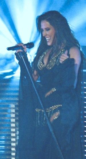 Malú - Malú in concert in Granada, 2013