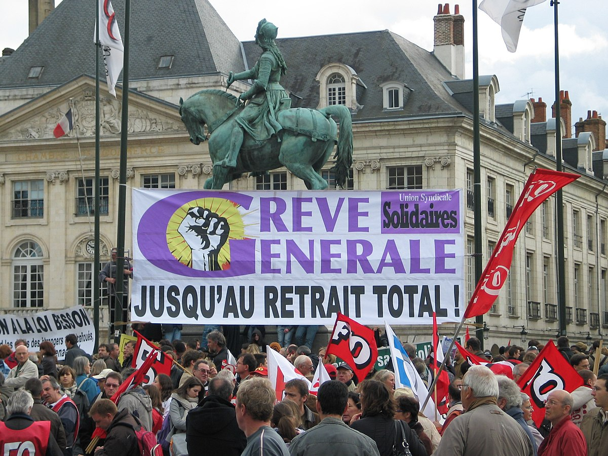 4e500a39cbb 2010 French pension reform strikes - Wikipedia