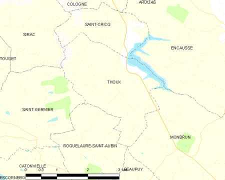 Thoux and its surrounding communes Map commune FR insee code 32444.png