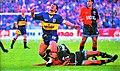 Maradona fouleado por ibarra.jpg