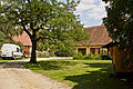 Meierhof (frühere Schafstallungen) in Greillenstein - Hof.jpg