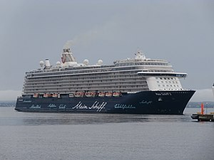 TUI Cruises - Image: Mein Schiff 3 departing Port of Tallinn 8 June 2017