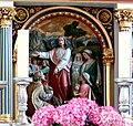 Merazhofen Pfarrkirche Hochaltar Relief Brotvermehrung.jpg